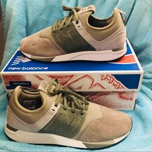 New in box/ new balance 247 men sneakers